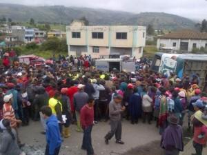 Un bus se accidentó esta mañana en Planchaloma, provincia de Cotopaxi. Foto de Darwin Taco.