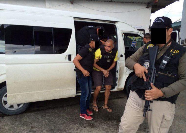 Foto difundida hoy viernes 14 de noviembre por el ministerio del Interior de Galo Lara apresado en Panamá.