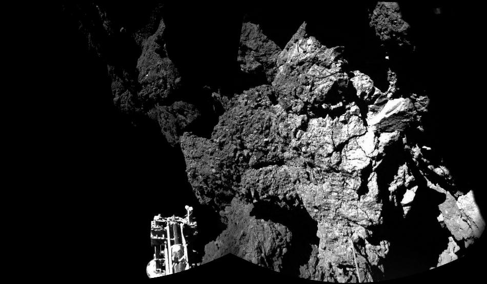 Imagen que combina diferentes imágenes tomadas por el sistema de cámaras CIVA, lanzada por la Agencia Estatal Europea el 13 de noviembre de 2014 y que muestra al módulo de Rosetta, Philae, sobre la superficie del cometa 67P/Churyumov-Gerasimenko, cuyo aterrizaje confirman por estas imágenes. (Foto AP/Esa/Rosetta/Philae)