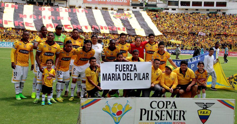 QUITO 14 de DICIEMBRE DE 2014, En el estadio Atahualpa Universidad Católica recibe al Barcelona SC. FOTO API / Javier CAZAR.
