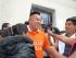 AMBATO. Xavier Cajilema (i), uno de los sentenciados por hechos del 30 de septiembre del 2010, salió el miércoles de la cárcel, con la idea de trabajar en la inscripción de Unidad Popular. Foto de Wilson Pinto/DIARIO EL UNIVERSO.
