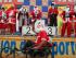 Los ganadores de la primera carrera de Santa 5K. Foto: EFE