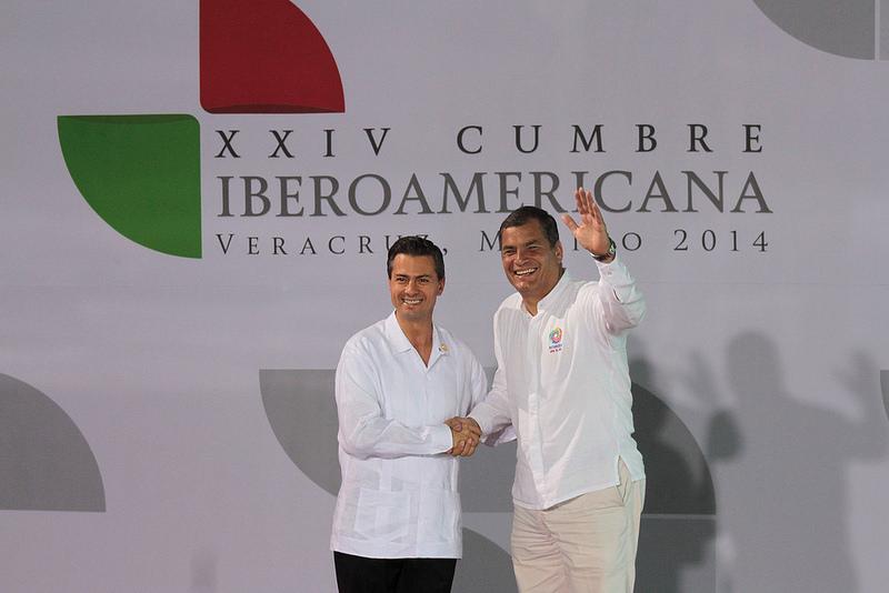 Veracruz (México) 08 dic 2014.- El Presidente de la República Rafael Correa efectuó el saludo protocolar con el Presidente de los Estados Unidos Mejicanos dentro del marco de la XXIV Cumbre Iberoamericana en Veracruz (México). Foto: Pablo Andrés Reinoso / Presidencia de la República.