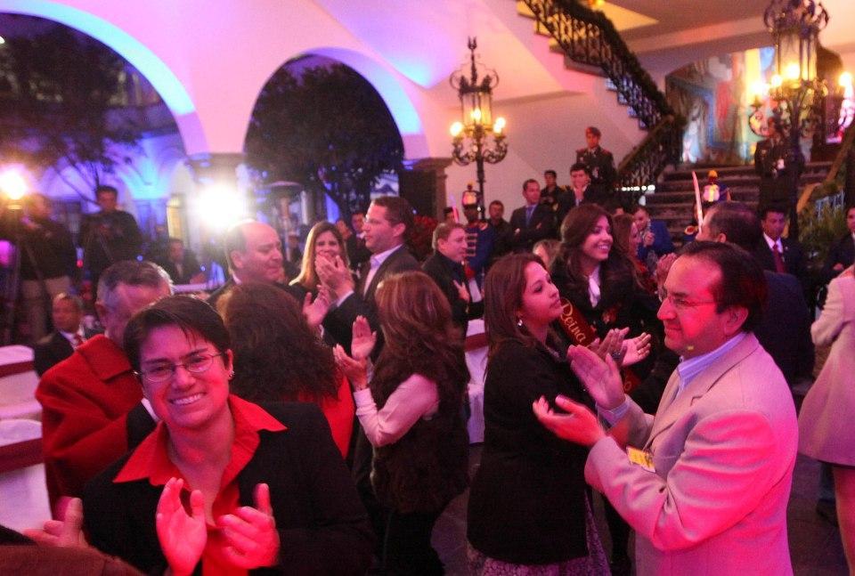El alcalde de Quito, durante la serenata quiteña, el 5 de diciembre de 2014.   Foto: Eduardo Santillán / Presidencia de la República