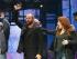 Sting saluda al público en su debut en la obra. Foto: AP