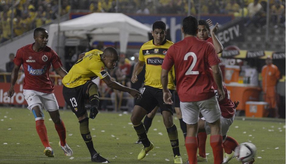 Guayaquil 28 de Enero del 2015. Barcelona vs Cúcuta. Noche Amarilla. Fotos: Marcos Pin / API.