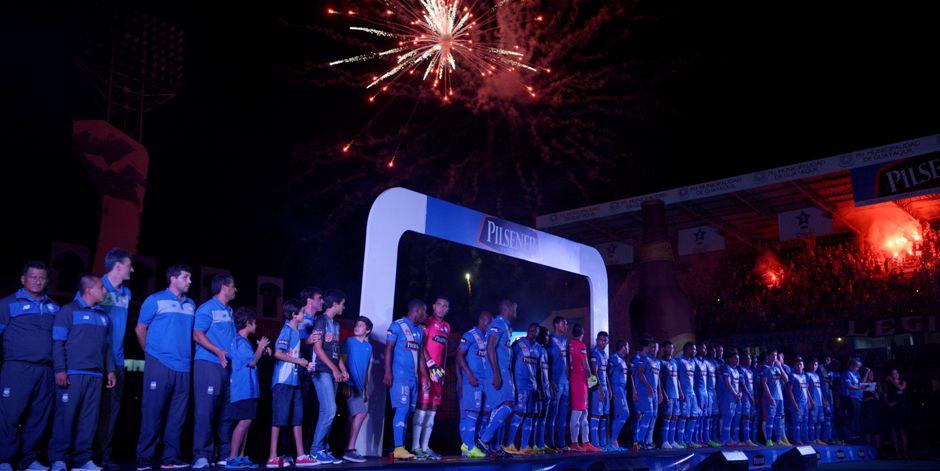 Guayaquil 27 de Enero del 2015. Emelec presentó su plantilla en la denominada Explosión azul. Fotos: Marcos Pin / API