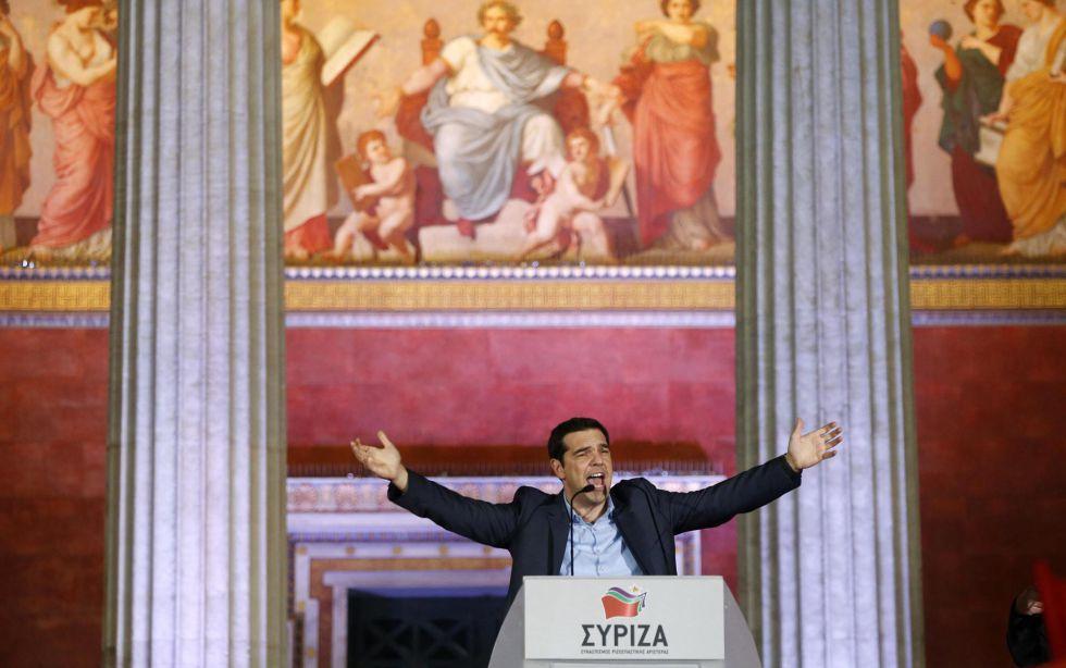 El izquierdista Alexis Tsipras, ganador de las elecciones de Grecia, el 25 de enero de 2015. EFE/EPA/YANNIS KOLESIDIS