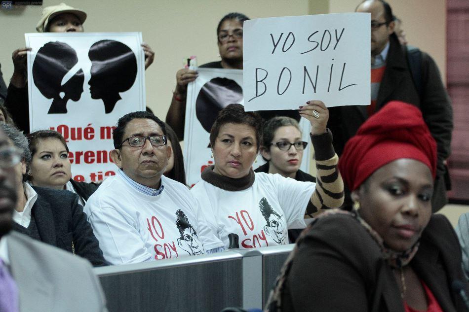 Alodia Borja, la abogada de los demandantes contra Bonil, el 9 de febrero de 2015, en la Supercom. API/Juan Cevallos