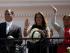 El Presidente Correa acompañado de las concejalas de Quito Anabel Hermosa y Karen Sánchez, en una foto publicada por el medio oficial El Ciudadano, en mayo de 2014.