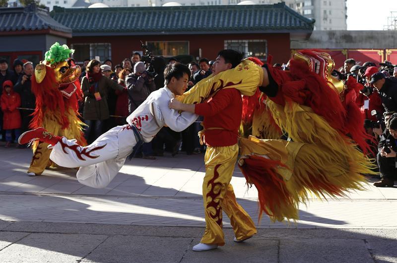 Danza del león EFE