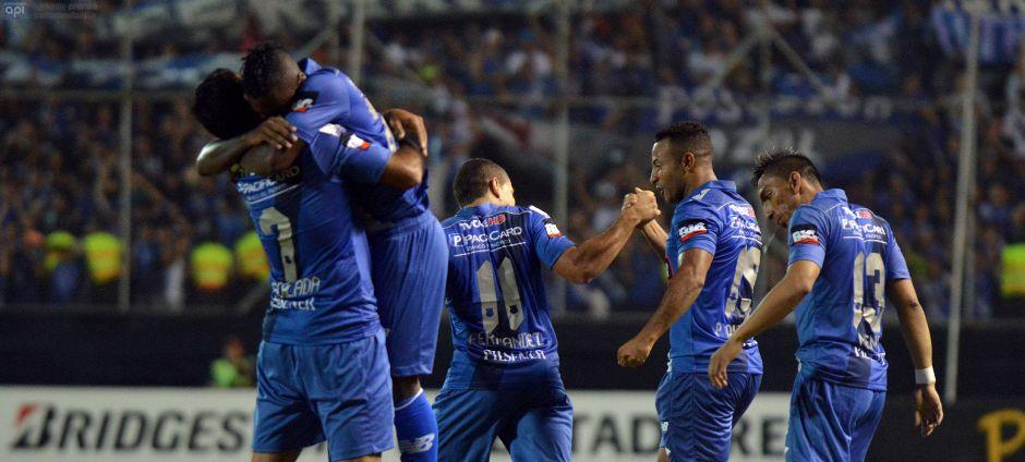 MANTA, 24 DE FEBRERO DEL 2015. En el estadio Jocay, Emelec enfrenta al Club The Strongest de Bolivia, por Copa Libertadores. API FOTO / ARIEL OCHOA