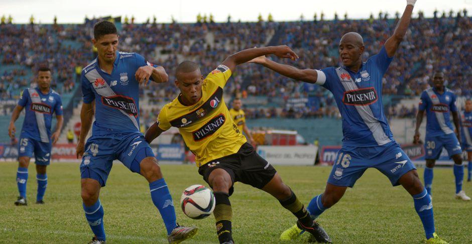 Guayaquil 08 de Marzo del 2015. Emelec vs Barcelona. Fotos: Marcos Pin / API