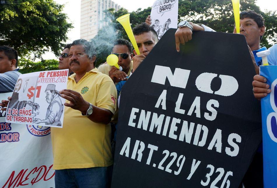 Marcha de protesta contra el gobierno de Rafael Correa, el 19 de marzo de 2015, en Guayaquil. API/Marcos Pin
