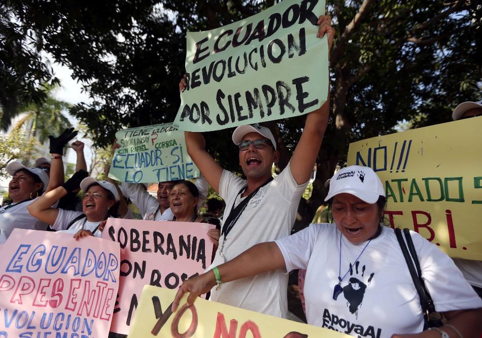 Ciudad de Panamá (Panamá), 09 abril 2015.- Marcha de los Pueblos, protestantes contra Fundamedios, publicada por el medio oficial El Ciudadano. Foto: Santiago Armas