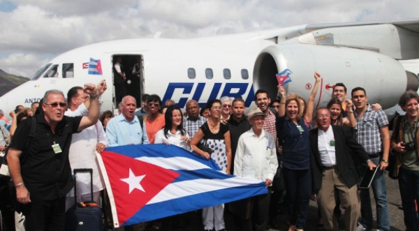 Las delegaciones oficiales de la sociedad civil cubana.