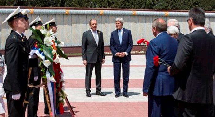 Canciller ruso y Kerry
