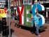 Miembros de la campaña del Sí a la Igualdad empiezan a decorar el centro de Dublín, Irlanda, el 21 de mayo de 2015. Los irlandeses votaron el viernes 22 en un referéndum para la legalización del matrimonio homosexual, medida que ganó más de 60% de apoyo, según resultados oficiales.  (Foto AP/Peter Morrison)