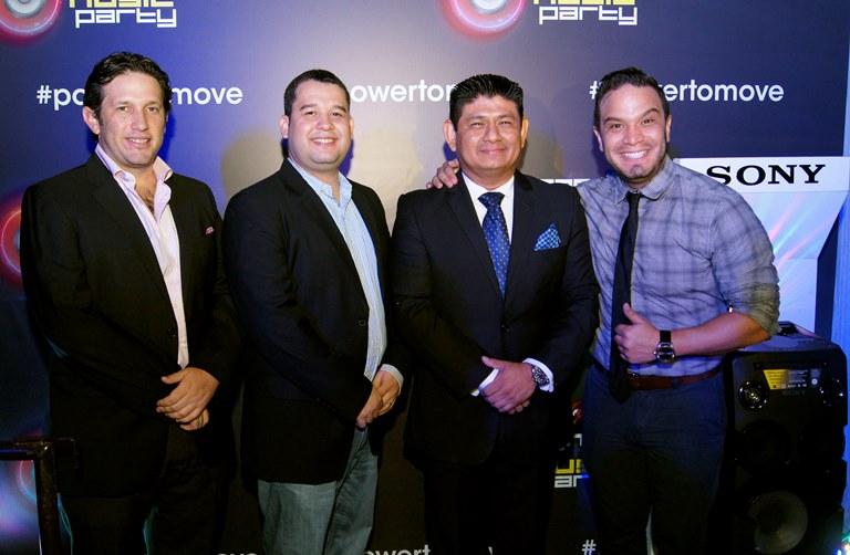Pie de foto:  Fausto Álvarez, Gerente de Marketing Sony Ecuador; Ezequiel Cedeño, Gerente de audio Sony Interamerican ;  Jaime Mantilla, Country Manager Sony Ecuador; y Leonardo Moreira.