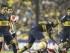 Foto de archivo. BUENOS AIRES (ARGENTINA), 14/05/2015.- El jugador Daniel Díaz (c-arriba) de Boca Juniors disputa el balón con Gonzalo Martínez (abajo) de River Plate hoy, jueves 14 de Mayo de 2015, durante un partido por los octavos de final de la Copa Libertadores, en el estado de Boca Juniors en Buenos Aires (Argentina). EFE/David Fernández