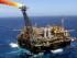 Fotografía de archivo de 20 de noviembre de 2013 de la plataforma P-26, una enorme isla de acero de la brasileña Petrobras en la Cuenca marítima de Campos (Brasil). EFE/ Marcelo Sayão /