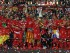 VARSOVIA (POLONIA), 27/05/2015.- El centrocampista del Sevilla, José Antonio Reyes, levanta junto a sus compañeros el trofeo que les acredita como campeones de la Liga Europa, tras derrotar al Dnpro ucraniano por 3-2 en el encuentro disputado en el Estadio Nacional de Varsovia. EFE/Julio Muñoz.