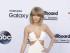 Taylor Swift a su llegada a los Premios Billboard. Foto: EFE/EPA/JIMMY MORRIS