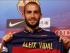 Aleix Vidal presentado como nuevo jugador del FC Barcelona, el 8 de junio del 2015 en el estadio Camp Nou. Foto tomada de la cuenta oficial de Twitter del FC Barcelona.