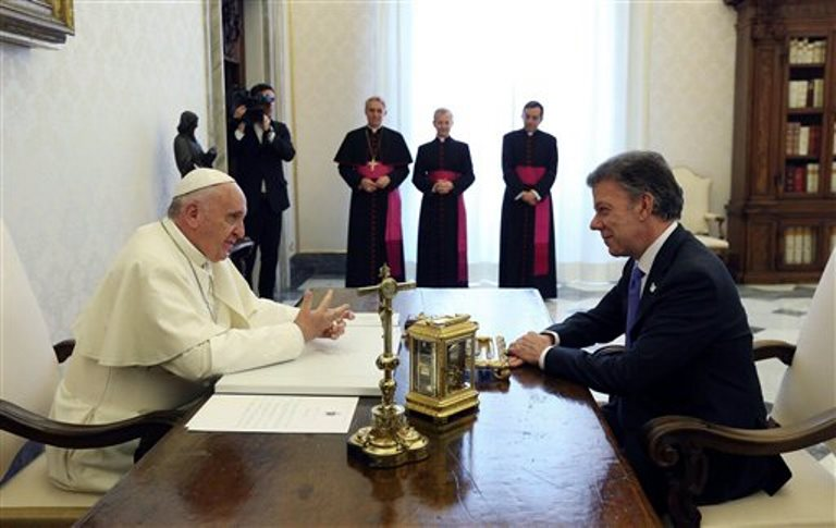 Papa Juan Manuel Santos