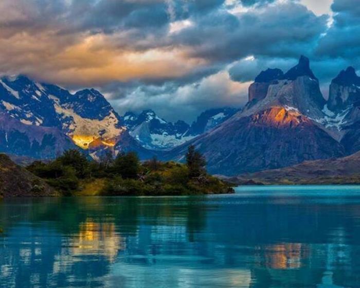 El Lago Azul, Patagonia, Argentina. Foto: .twimg.com