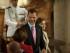En la imagen, los reyes de España, Felipe VI y Letizia, a la derecha, acuden a la entrega del premio Príncipe de Viana en el Monasterio de Leyre, a unos 60 kms (40 millas) de Pamplona, en el norte de España, el miércoles 10 de junio de 2015. El premio reconoce a personas que contribuyen y promocionan las artes. (AP Foto/Alvaro Barrientos)