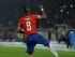 El jugador de Chile, Arturo Vidal, festeja un gol de penal contra Ecuador en la Copa América el jueves, 11 de junio de 2015, en Santiago.(AP Photo/Natacha Pisarenko)