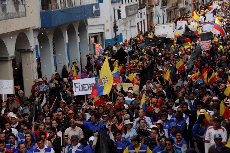 Marcha por la provincialización del Azuay, el 27 de junio de 2015. API/Boris Romoleroux