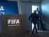 Joseph Blatter (izda), presidente de la FIFA, sale tras la rueda de prensa ofrecida en la que que ha puesto a disposición su cargo y ha informado de que habrá un congreso extraordinario para elegir al nuevo mandatario del máximo organismo futbolístico mundial, en la sede de la FIFA en Zúrich, Suiza, el 2 de junio del 2015. EFE/Ennio Leanza