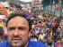 Selfie del Prefecto del Azuay, Paul Carrasco, durante la marcha contra el gobierno del 27 de junio de 2015.