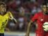 CIUDAD DE PANAMÁ (PANAMÁ), 03/06/2015.- El jugador panameño Harold Cummings (d) conduce el balón ante la marca del ecuatoriano Fidel Martínez (i) hoy, miércoles 3 de junio de 2015, durante un partido amistoso entre Panamá y Ecuador, en Ciudad de Panamá (Panamá). La selección de fútbol de Panamá afina su estrategia para enfrentar la Copa Oro de la Concacaf, mientras Ecuador se prepara para la Copa América 2015. EFE/Alejandro Bolívar