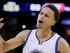 Stephen Curry, de los Warriors de Golden State, celebra durante el quinto partido de la final de la NBA contra los Cavaliers de Cleveland, el domingo 14 de junio de 2015 (AP Foto/Ben Margot)