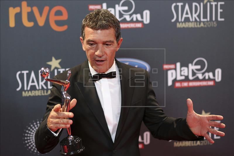 Antonio Banderas con Premio Platino. EFE