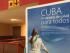 Un cartel promocionando los servicios de salud de Cuba recibe a los visitantes en la terminal 3 del aeropuerto José Martí de La Habana. (14ymedio)