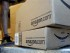 """La empresa de mensajería UPS entrega paquetes de Amazon.com in Palo Alto, California, el 30 de junio de 2011. La empresa de comercio electrónico anunció su """"Prime Day"""", un día lleno de descuentos y ofertas, el 15 de julio de 2015. (Foto AP/Paul Sakuma, Archivo)"""
