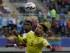 Foto de archivo. El jugador de Colombia, Radamel Falcao, al frente, disputa un balón en un partido contra Perú por la Copa América el domingo, 21 de junio de 2015, en Temuco, Chile. (AP Photo/Ricardo Mazalan).