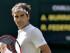 El tenista suizo Roger Federer celebra un punto ante el escocés Andy Murray durante el partido de semifinal del torneo de Wimbledon disputado en el All England Lawn Tennis Club en Londres (Reino Unido) hoy, 10 de julio de 2015. EFE/Gerry Penny.
