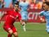 El mediocampista del Toronto FC, Sebastian Giovinco, a la izquierda, controla el balón ante la marca del defensa del New York City FC, Shay Facey, en la segunda mitad del juego de la MLS el domingo 12 de julio de 2015 en Nueva York. (Foto AP/Kevin Hagen)