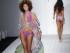 Una modelo recorre la pasarela durante el desfile de trajes de baño de Robb & Lulu como parte de la Semana de la Moda de Trajes de Baño Funkshion, el viernes 17 de julio de 2015 en Coral Gables, Florida. (Foto AP/Lynne Sladky)
