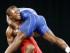 El ecuatoriano Andrés Montaño (rojo) lucha contra el estadounidense Spenser Mango, en la división de los 59 kilogramos de la lucha grecorromana en los Juegos Panamericanos, el miércoles 15 de julio de 2015, en Mississauga, Canadá (AP Foto/Mark Humphrey)