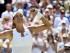 La tenista española Garbiñe Muguruza celebra su victoria ante la polaca Agnieszka Radwanska durante el partido de semifinales del torneo de tenis de Wimbledon que ambas disputaron en el All England Lawn Tennis Club en Londres (Reino Unido), hoy 9 de julio de 2015. EFE/FACUNDO ARRIZABALAGA.