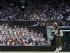 La estadounidense Serena Williams sirve en el partido de la final femenina de Wimbledon contra Garbiñe Muguruza el sábado 11 de julio de 2015. (Foto AP/Kirsty Wigglesworth).