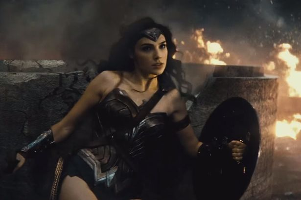 Nuevas revelaciones del filme batman vs superman dawn of for Puerta wonder woman