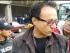 El periodista Christian Zurita, en la Plaza Grande, el 16 de julio de 2015, en foto tuiteada por Carlos Alfonso Granja.