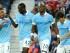Yaya Touré del Manchester City, segundo a la izquierda, celebra tras anotar un gol contra West Brom en la Liga Premier inglesa, el lunes 10 de 2015. (AP Foto/Rui Vieira)